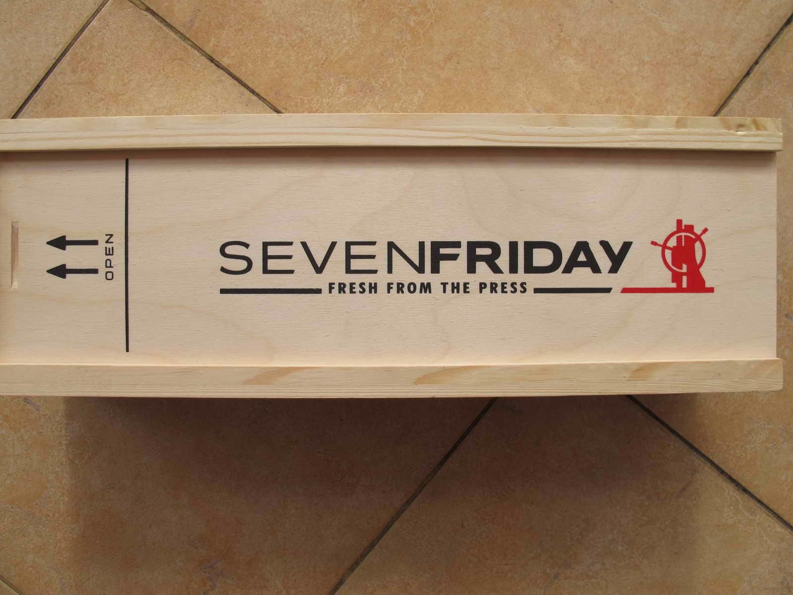 Cocok untuk Anda yang sedang mencari jam tangan dengan bentuk Kotak Semi Skeleton SEVEN FRIDAY BROWN GOLD EDITION