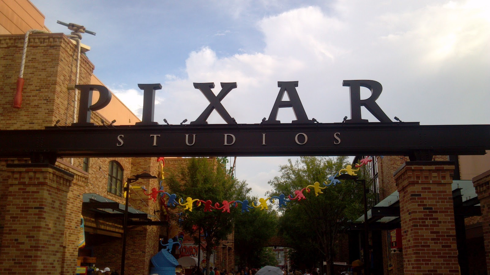 Orlando Area Theme Parks, Attractions, and Eateries