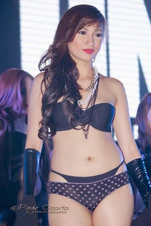 sexy asian girls bikini pics 01