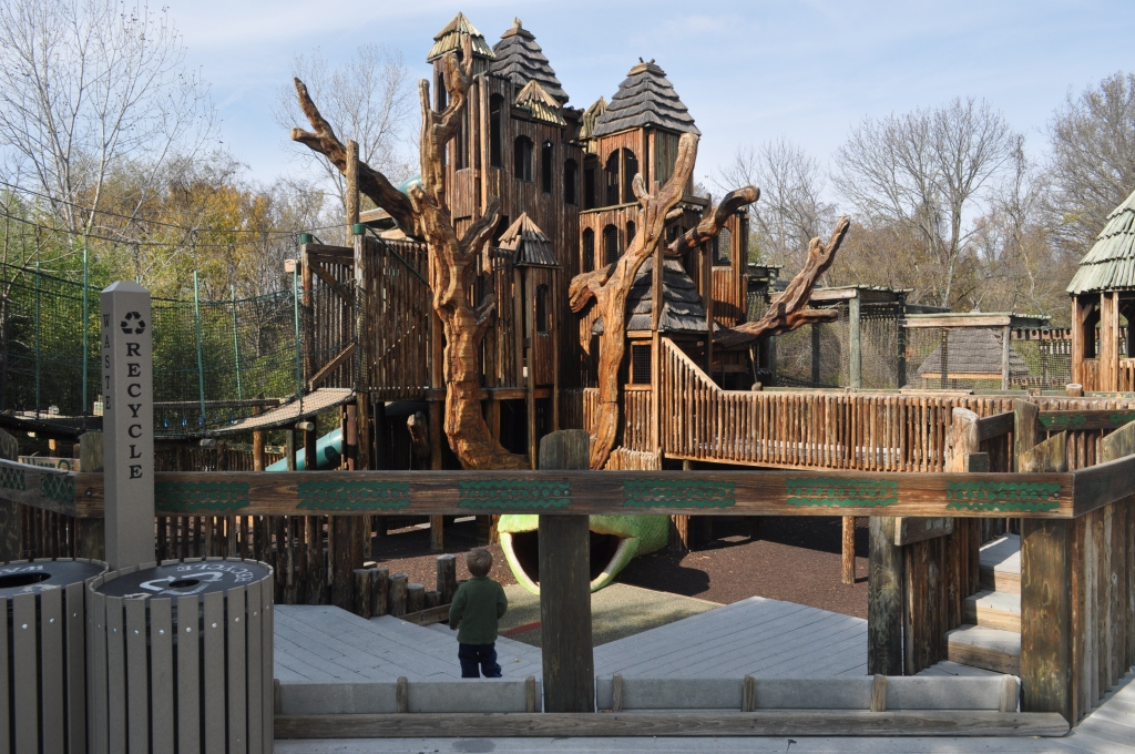 Nashville, TN: Nashville Zoo at Grassmere - Visit Flyover Country