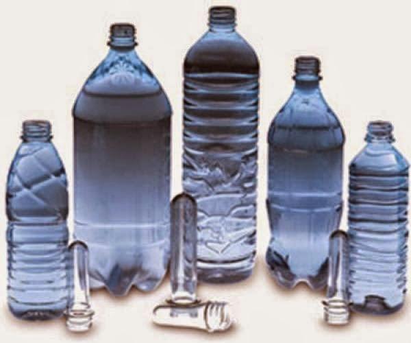 Πριν πιεις νερό από πλαστικό μπουκάλι δες το τριγωνικό σύμβολο. Μπορεί να είναι πολύ επικίνδυνο!