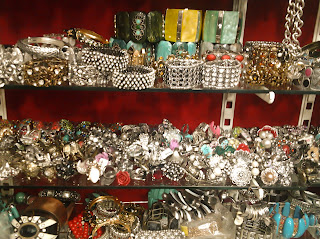 Linking Road Jewelry