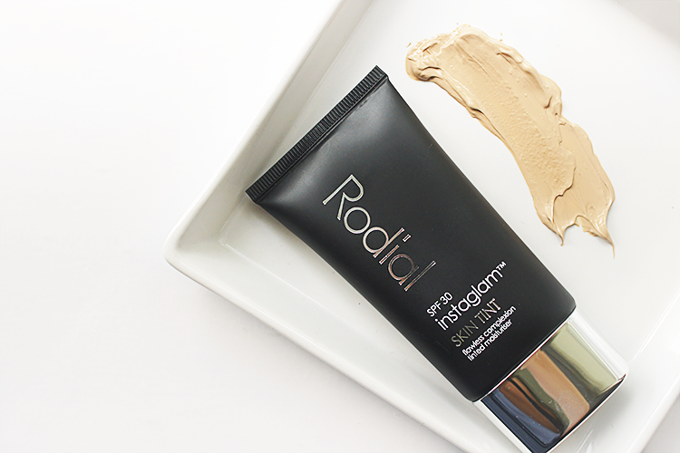 rodial-tinted-moisturiser-review-swatch