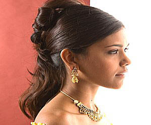 Hairstyles For Long Hair Dinner : party-hairstyles-for-long-hair-2011.png
