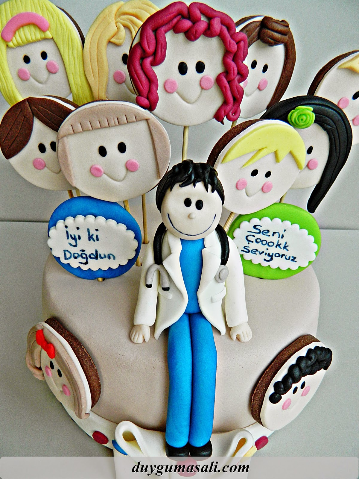 doktor doğum günü pastası
