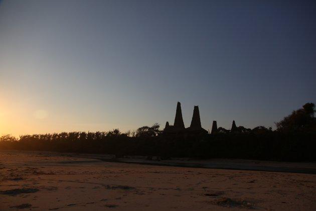 waone's articles: Senja yang Indah di Indonesia dalam