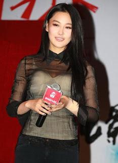 http://www.fenomania.com/2012/05/rambut-paling-indah-di-asia.html