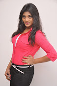 Sowmya Glamorous photos at Galata Audio-thumbnail-11