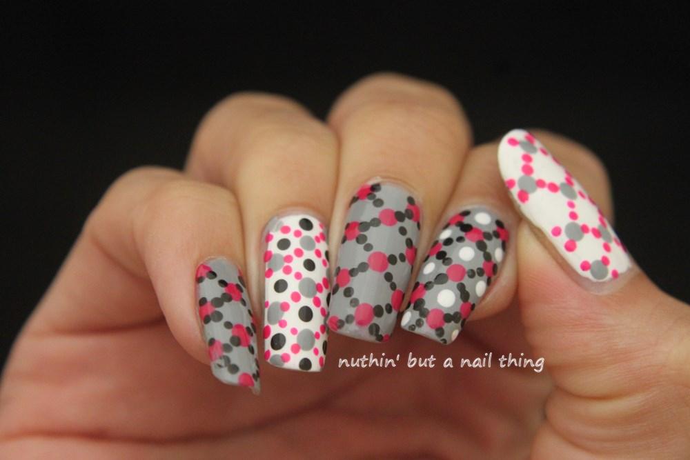 nuthin\' but a nail thing: Polka dot nail art