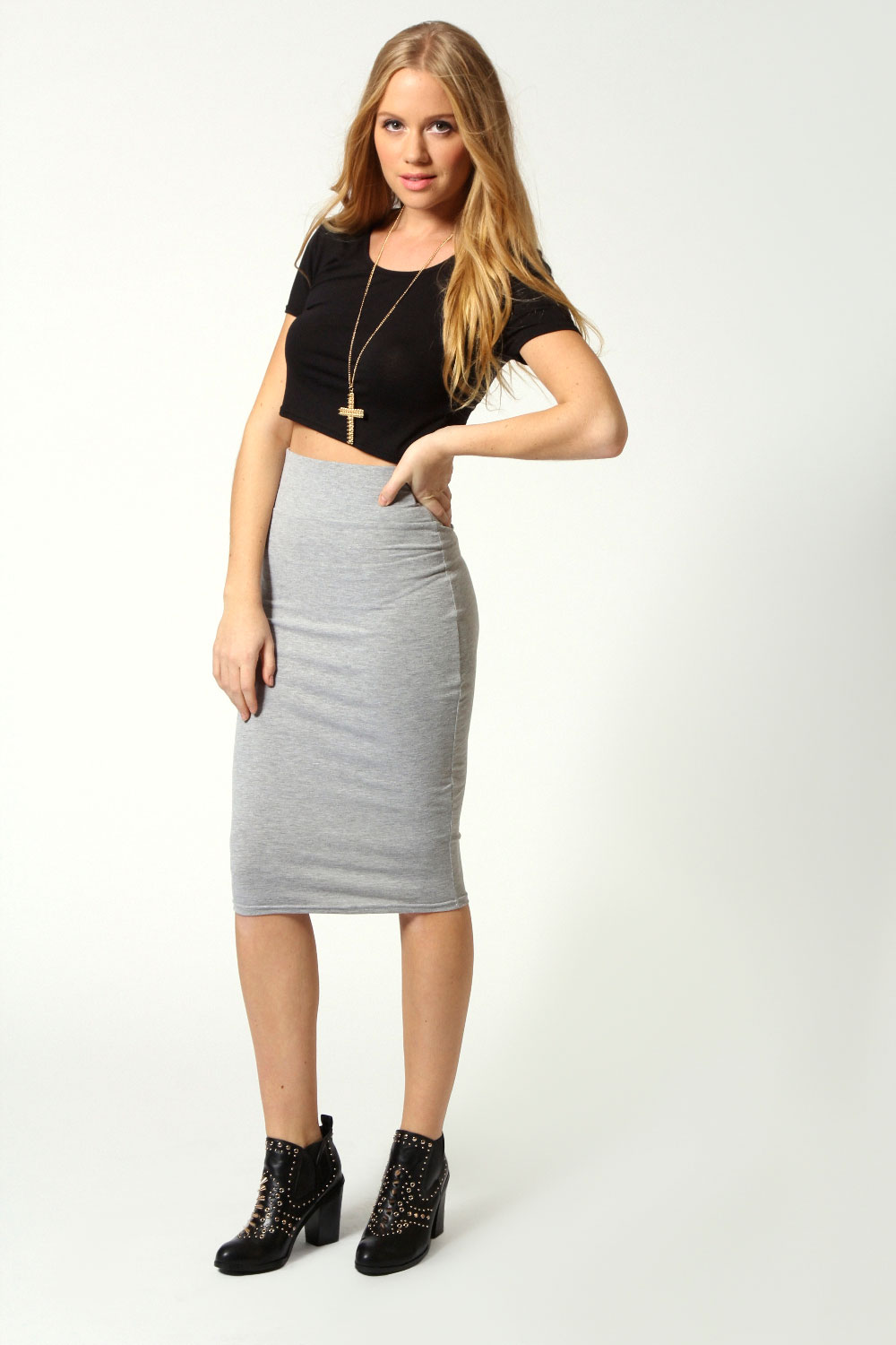 3 looks 1 item the bodycon midi skirt by emmanuella