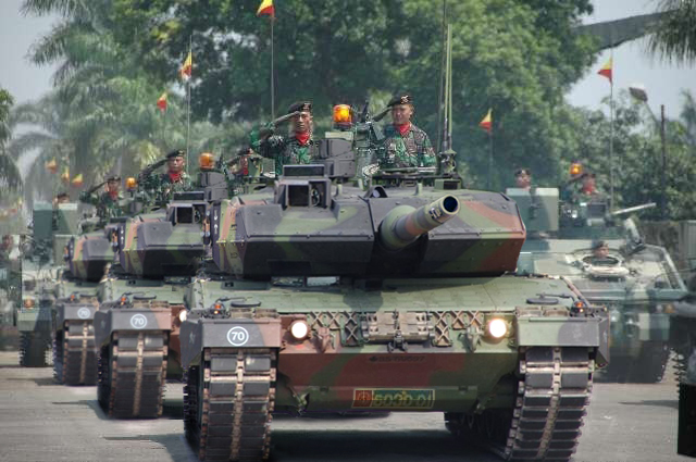 Kendaraan Tank lapis baja tentara nasional indonesia/TNI