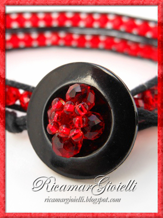 Bracciale wrap rosso e nero