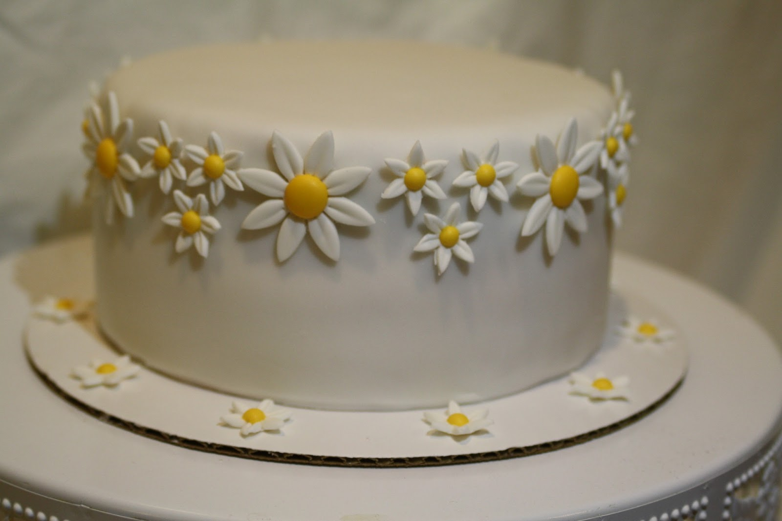 party in my pantry Daisy themed wedding