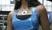 Ileana hot slim navel in tight dress