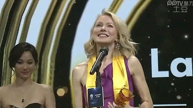 Well, if it really happened, Naomi Watts can't say nobody told her as she attended the China's 15th Huading Awards at Macau on Sunday, January 18, 2015.