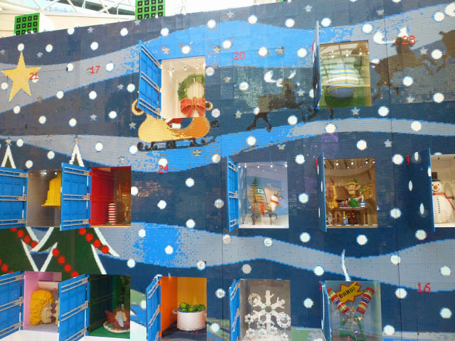 lego advent calendar via lovebirds vintage