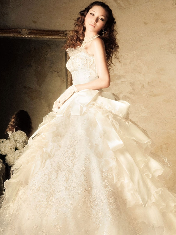 Whiteazalea ball gowns color trend on ball gown wedding dress for Light colored wedding dresses