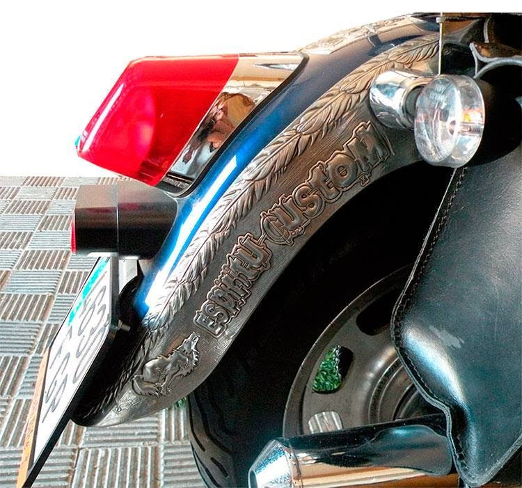 Placa guardabarros moto custom. Arteymetal | ArteyMetal