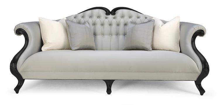 Decoraci n tendencias en estilo cl sico dos sof s for Sofa estilo frances
