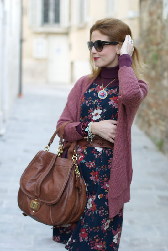 Gazel vintage style flower dress, dolce & gabbana sunglasses