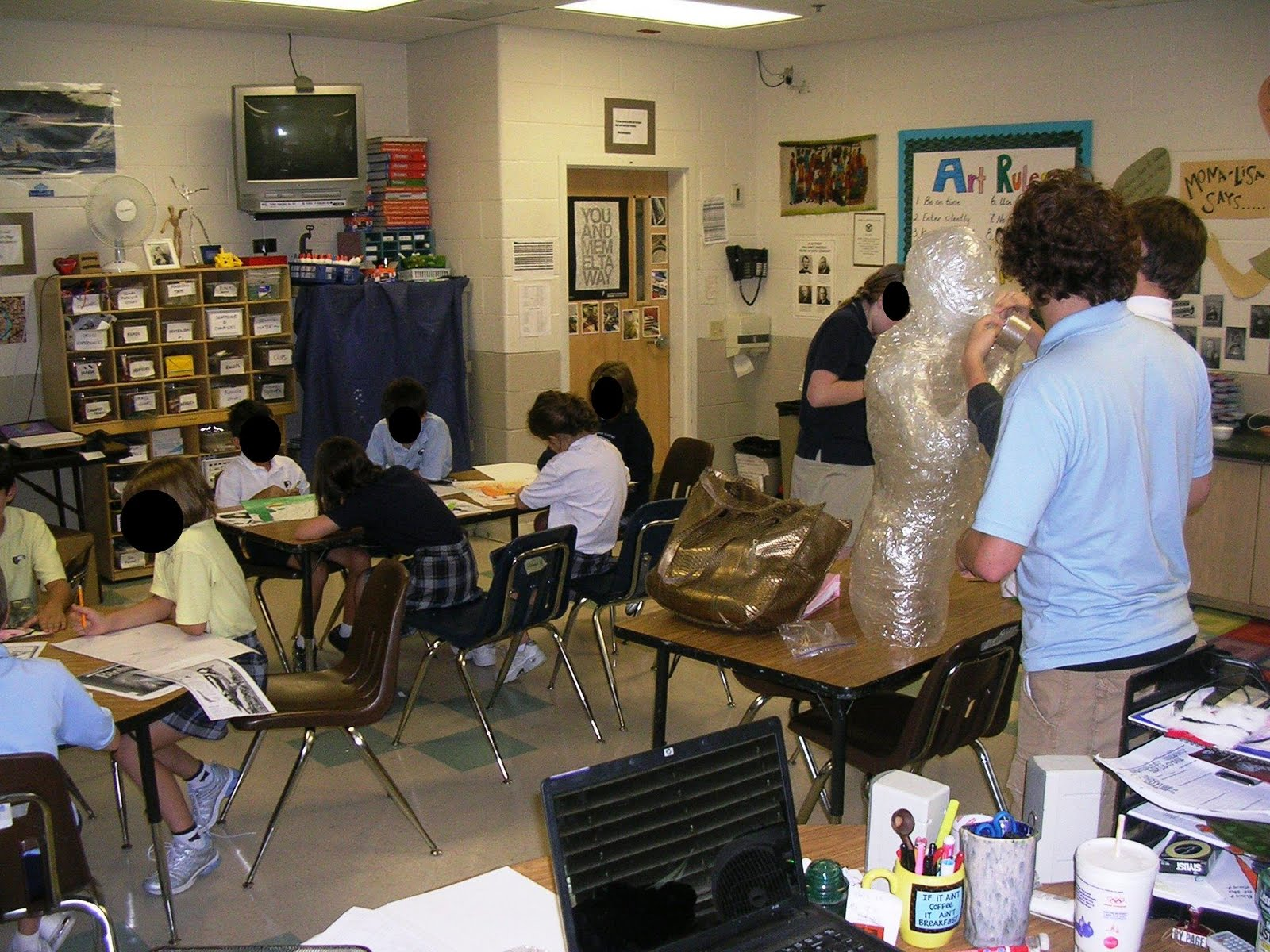 High School Art Classroom Design ~ Dispensing materials and clean up in the middle school art