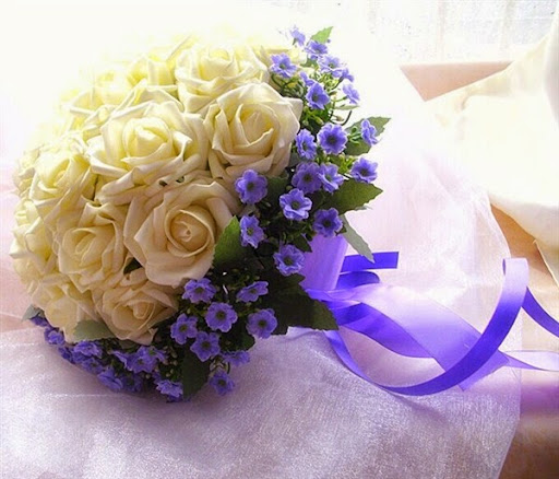 Model rangkaian bunga untuk pengiring pernikahan dan prosesi pelemparan bunga 2017/2018