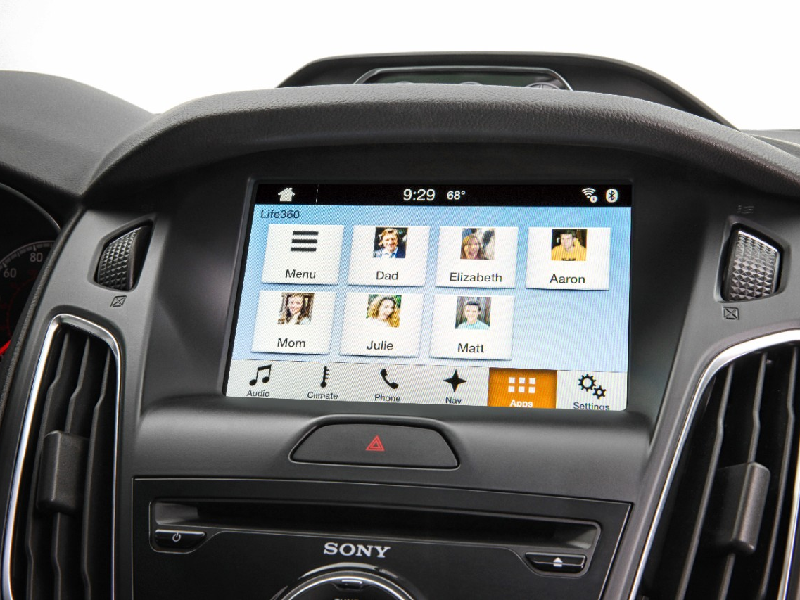 Families Can Keep In Touch and Stay Safe with Ford SYNC and Life360