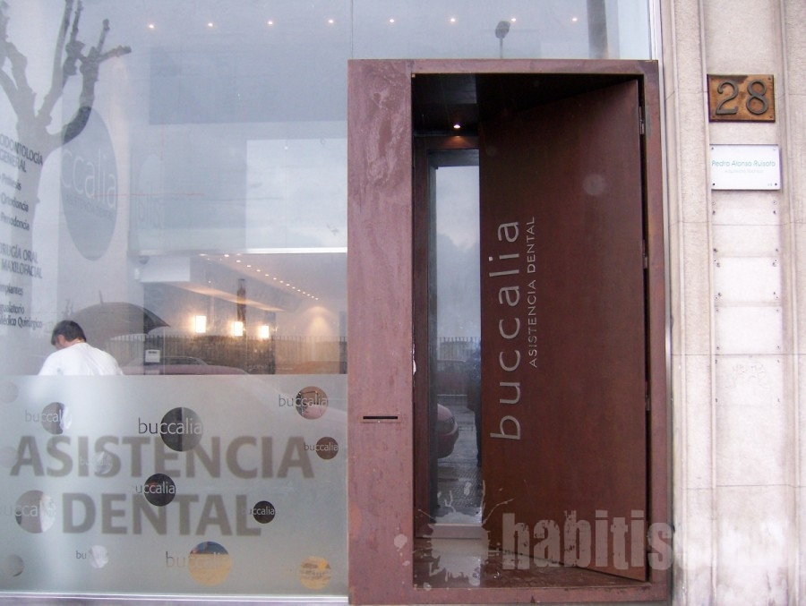 Interiores originales acero corten - Puertas originales interiores ...