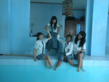 foto bersama teman-teman