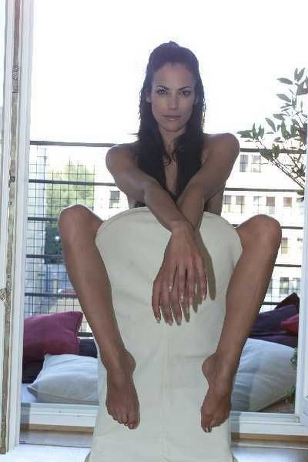 Fresh Celebrity Pics: Bettina Zimmermann hot pictures