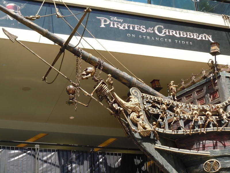 Pirate ship prow figurehead
