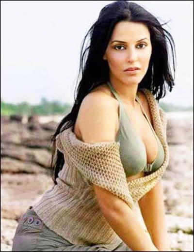 neha dhupia beach bikini photo 01