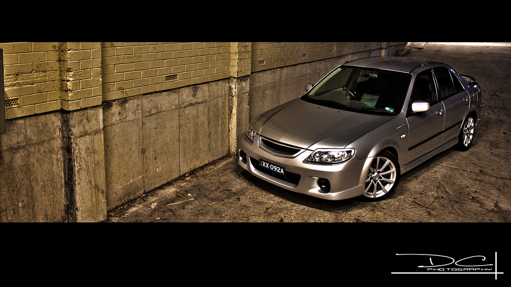 Mazda 323 sedan, BJ, z lat 90, zdjęcia, galeria, japońska motoryzacja, Familia