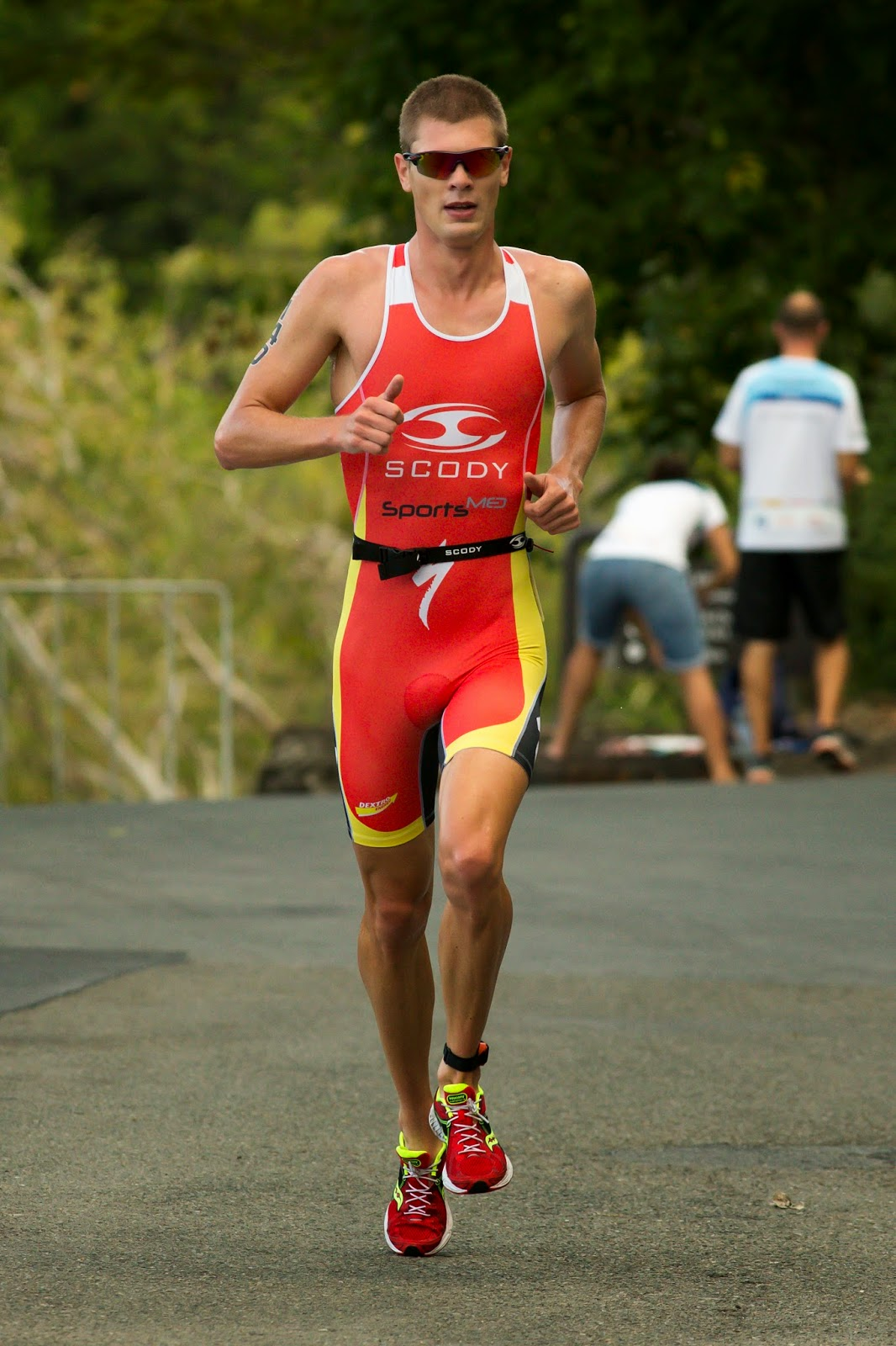 sam betten professional triathlete hamilton island. Black Bedroom Furniture Sets. Home Design Ideas
