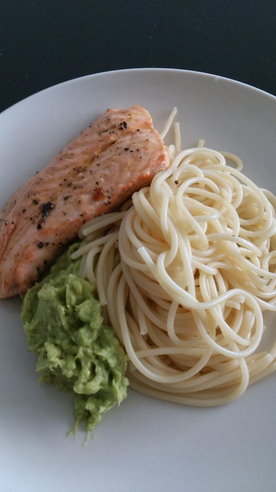 Spaghetti salmon wasabi avacado