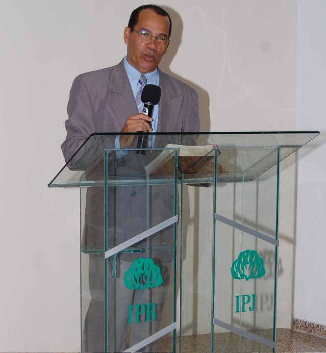 Rev. Luiz Honorato - Pastor Fundador da IPJ