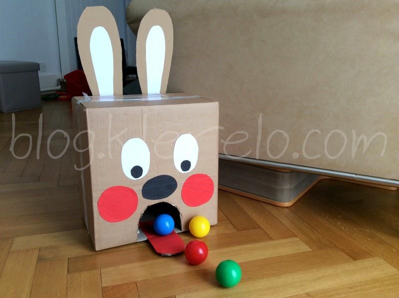 Le lapin boules bricolage facile pour f tes de p ques for Petit bricolage facile