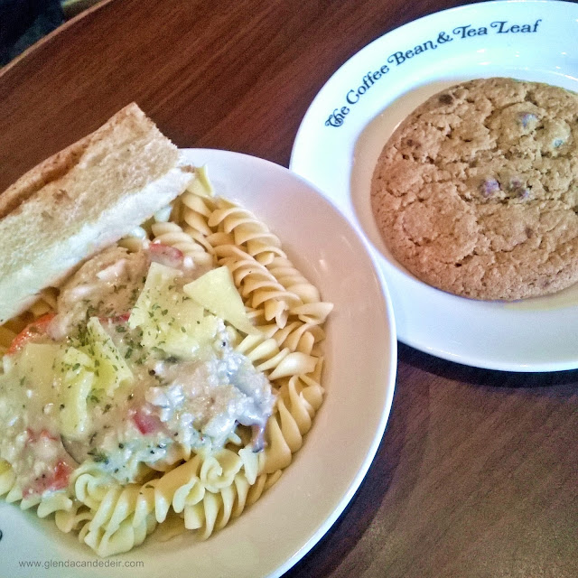 CBTL Roast Chicken and Mushroom Fusil Salad & Chocolate Chip Cookie