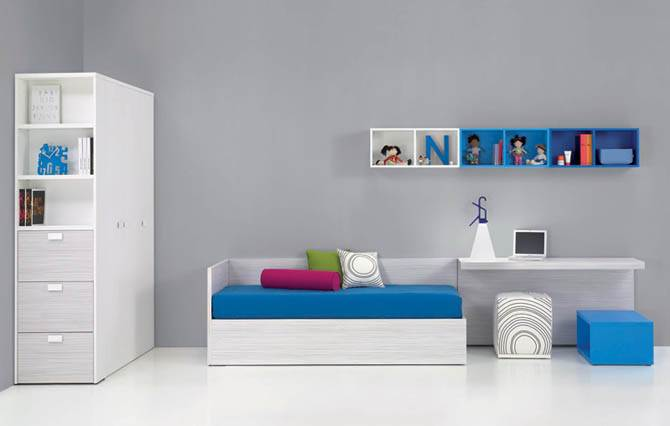 clean white teenager room decoration