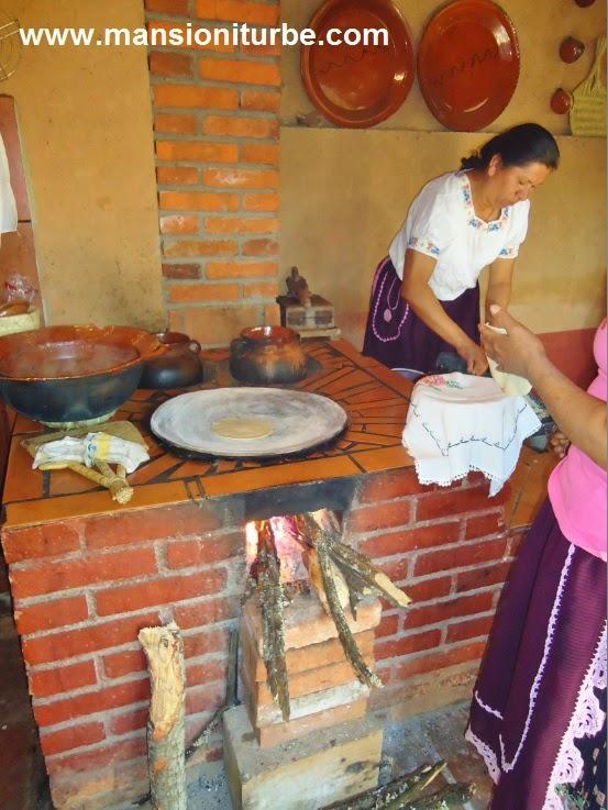 En Santa Fe de la Laguna visita los Hostales Tradicionales