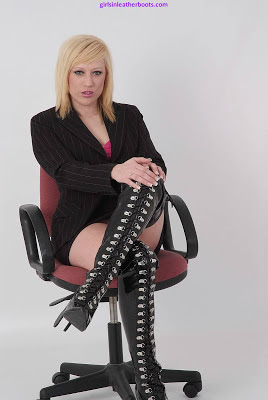 Hot Sexy Blonde in Shiny Leather Thigh Boots