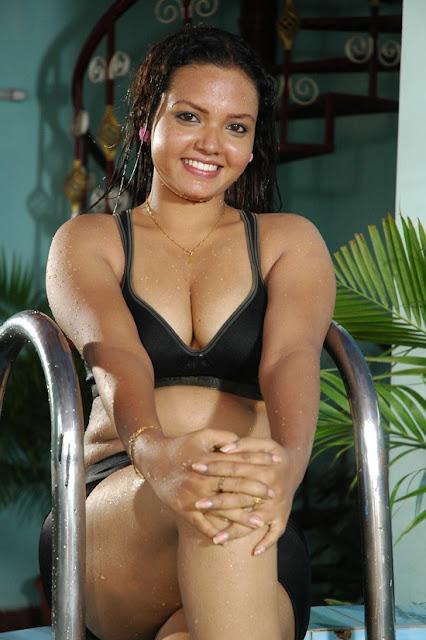 Actresses photos tamil telugu actress pavina stills for Water bra wiki