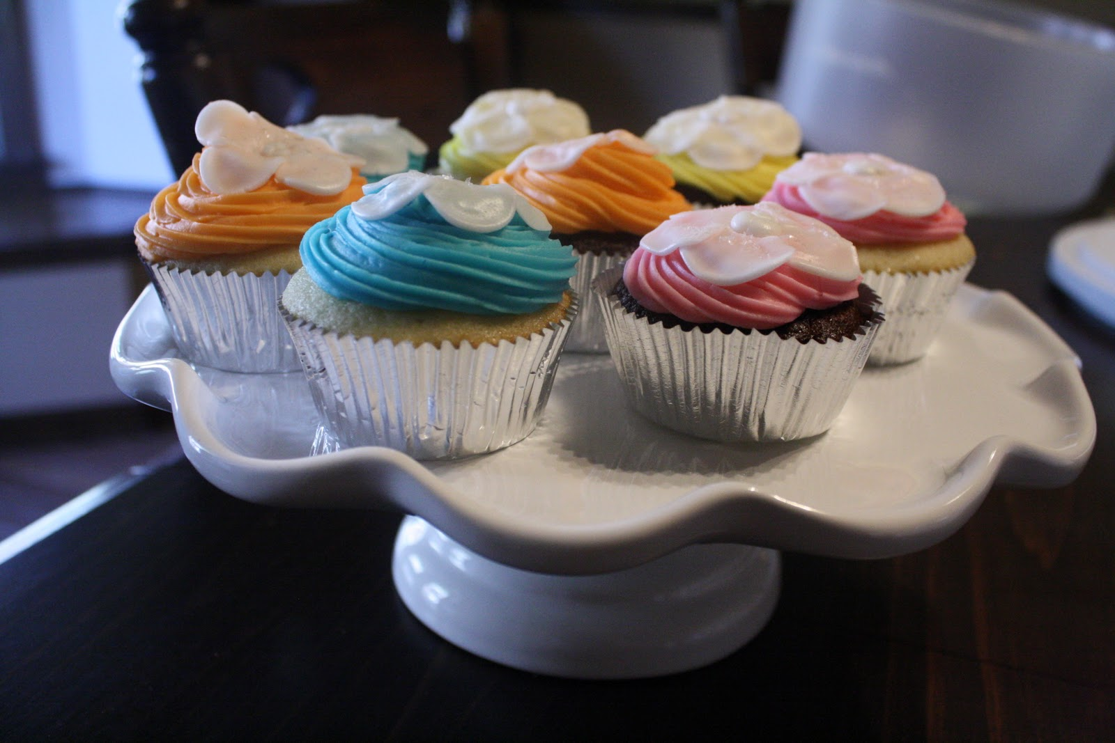 Hawaiian Wedding Cupcakes