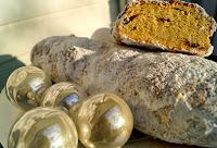 http://www.recettesgourmandesbykelou.com/2013/12/christollen.html
