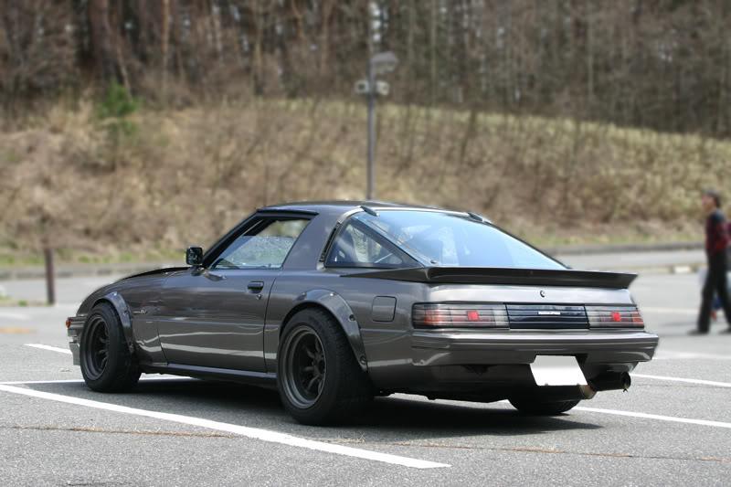 Mazda RX-7 Savanna FB SA22C stary japoński sportowy samochód, kultowy, coupe, silnik Wankla, rotary, 日本車 スポーツカー クラシックカー マツダ