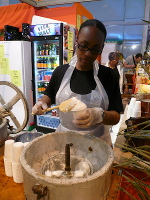Positive eating positive living sorbet la noix de coco - Sorbetiere manuelle bois ...