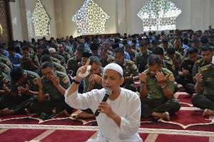 KH. Muhammad Arifin Ilham