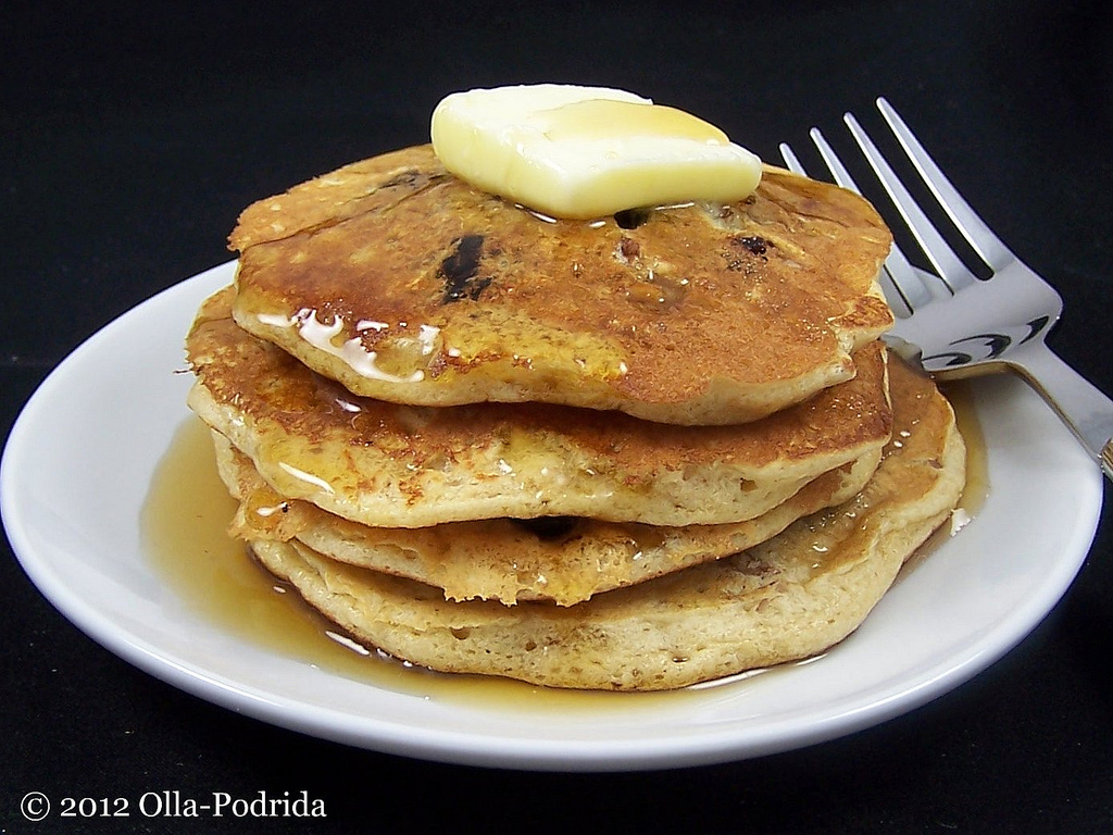Olla-Podrida: Oatmeal Raisin Cookie Pancakes