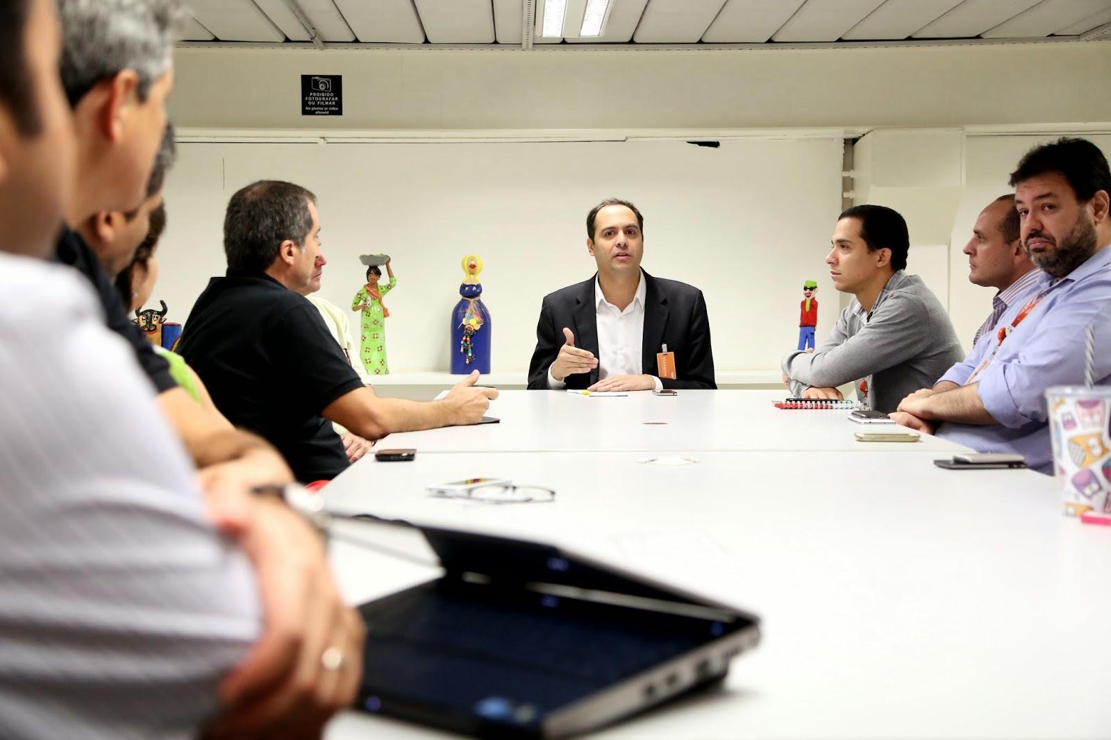 Paulo defende incentivo a inovação e tecnologia