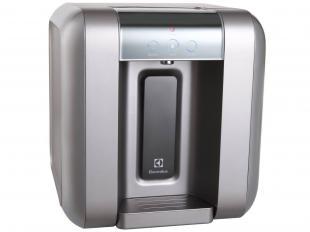 https://www.magazinevoce.com.br/magazineanisiaa/p/utilidades-domesticas/2066133/purificador-de-agua-refrigerado-c-filtro-acqua-clean-electrolux-pa25g/15023/?utm_source=anisiaa&utm_medium=purificador-de-agua-refrigerado-c-filtro-acqua-cle&utm_campaign=copy-paste&utm_content=copy-paste-share?utm_source=anisiaa&utm_medium=purificador-de-agua-refrigerado-c-filtro-acqua-cle&utm_campaign=copy-paste&utm_content=copy-paste-share